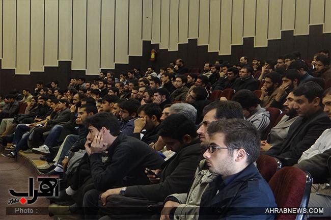دکتر حسن عباسی با موضوع تئوری بازیها و بررسی یک دهه دکترین سیاست خارجی در تالار وحدت دانشگاه تبریز