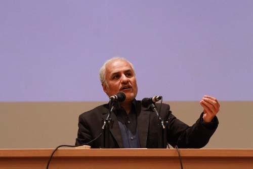 11 دانلود سخنرانی استاد عباسی با موضوع از حق ترسیدن تا حق توانستن+گزارش تصویری