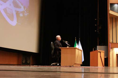 13 دانلود سخنرانی استاد عباسی با موضوع از حق ترسیدن تا حق توانستن+گزارش تصویری