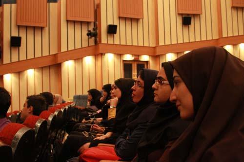 15 دانلود سخنرانی استاد عباسی با موضوع از حق ترسیدن تا حق توانستن+گزارش تصویری