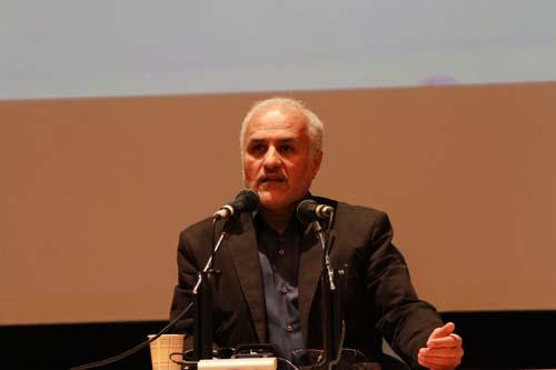 19 دانلود سخنرانی استاد عباسی با موضوع از حق ترسیدن تا حق توانستن+گزارش تصویری
