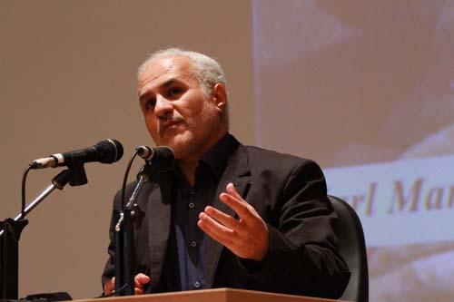 4 دانلود سخنرانی استاد عباسی با موضوع از حق ترسیدن تا حق توانستن+گزارش تصویری