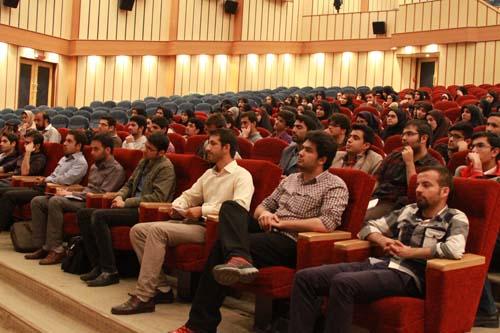 6 دانلود سخنرانی استاد عباسی با موضوع از حق ترسیدن تا حق توانستن+گزارش تصویری