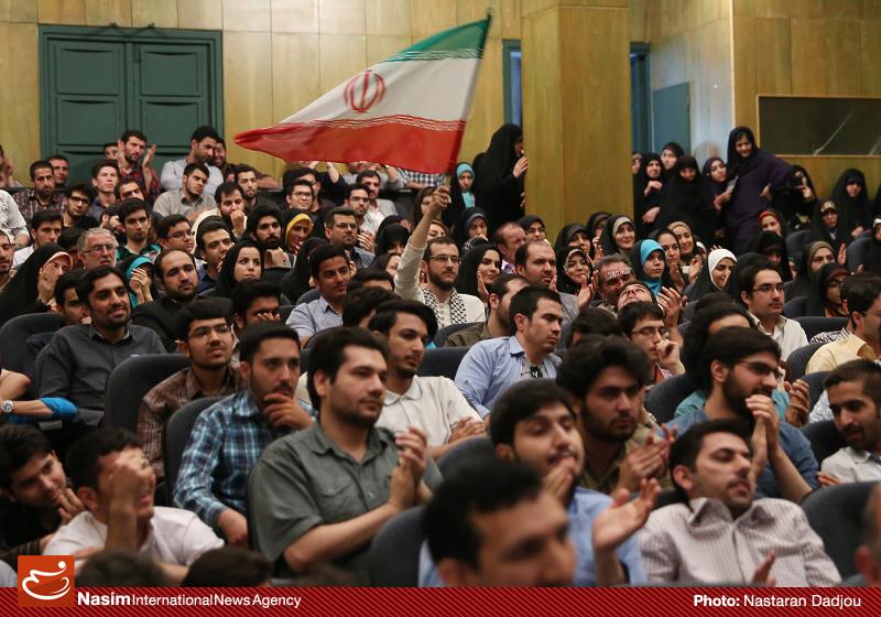 سخنرانی استاد حسن عباسی در دانشگاه تهران - من ریویزیونیستم، پس هستم!