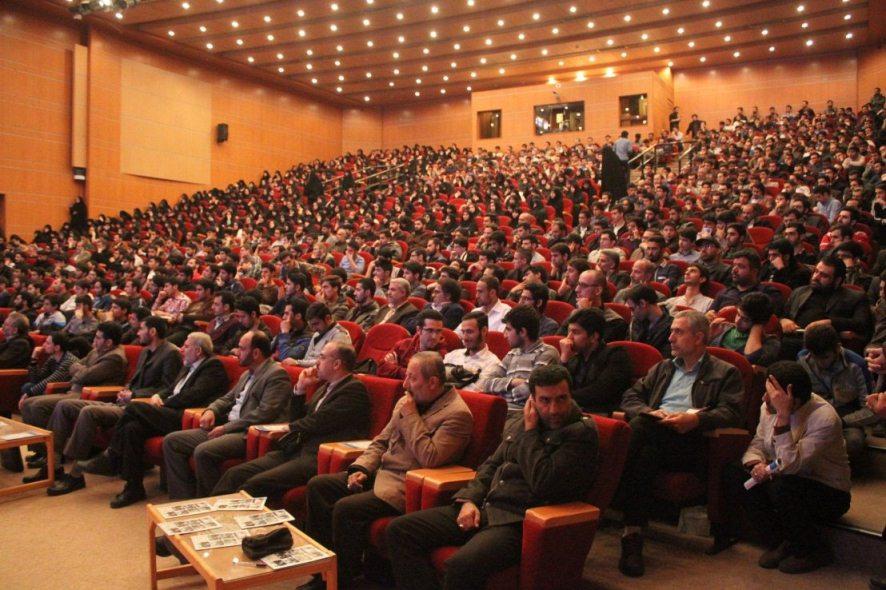 سخنرانی استاد حسن عباسی در دانشگاه زنجان - در مسیر گرداب؛ تز جدایی دین از اقتصاد