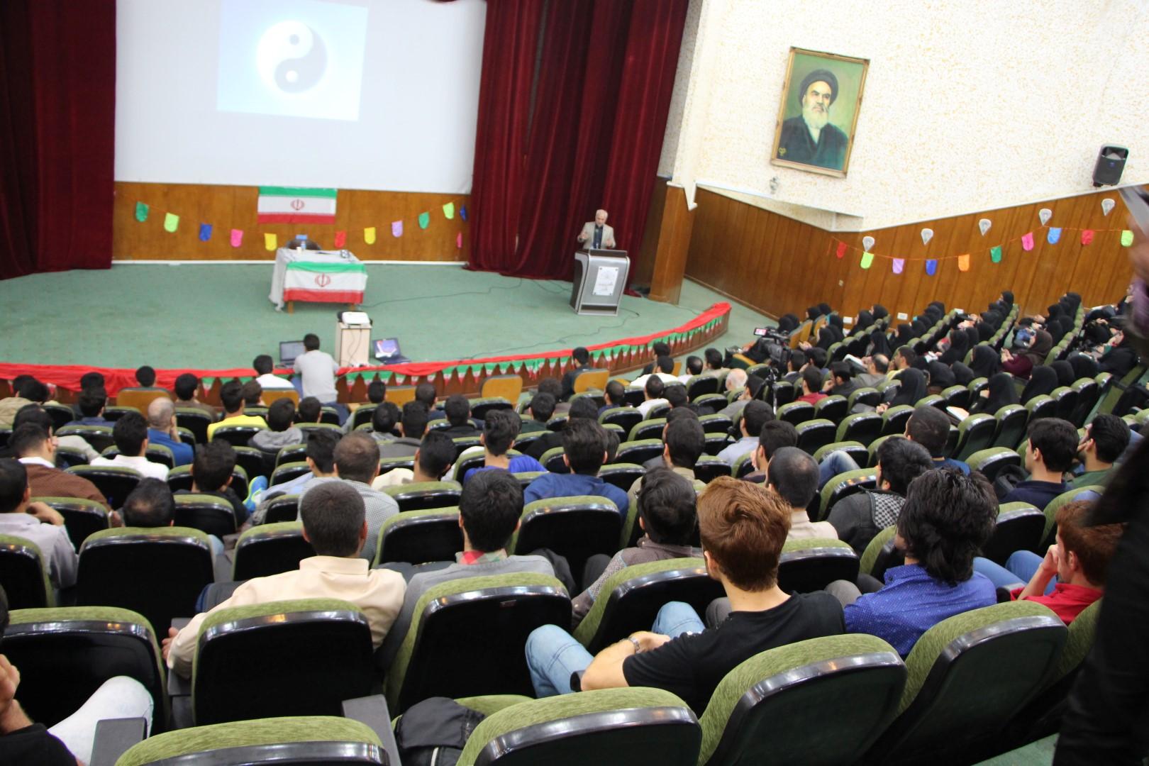 IMG 5201 گزارش تصویری؛ سخنرانی استاد حسن عباسی با موضوع از چوئن لای تا سیاست درهای باز