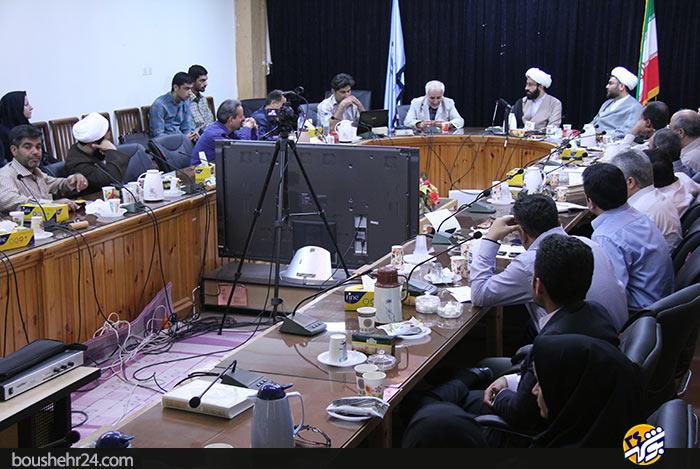 IMG01 گزارش تصویری؛دیدار استاد حسن عباسی با اساتید دانشگاه خلیج فارس