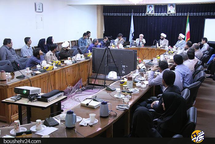 IMG02 گزارش تصویری؛دیدار استاد حسن عباسی با اساتید دانشگاه خلیج فارس