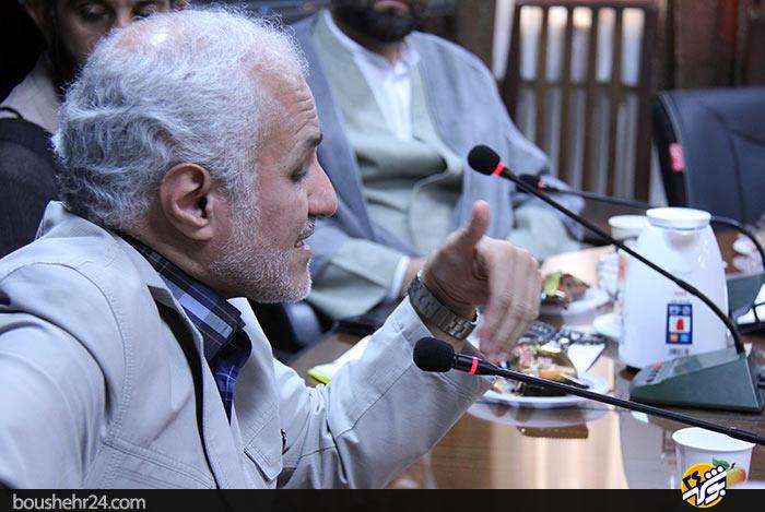 دیدار استاد حسن عباسی با اساتید دانشگاه خلیج فارس