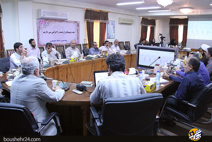 IMG08 گزارش تصویری؛دیدار استاد حسن عباسی با اساتید دانشگاه خلیج فارس