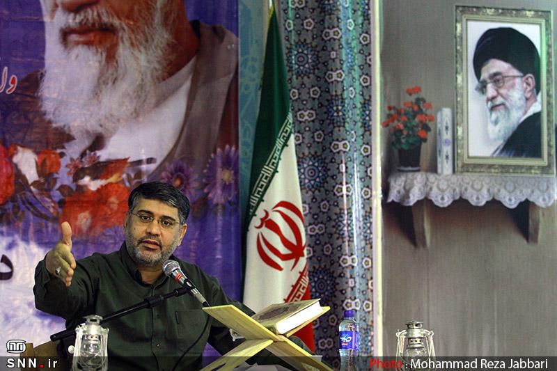 سخنرانی استاد حسن عباسی در جمع دانشجویان خط امام