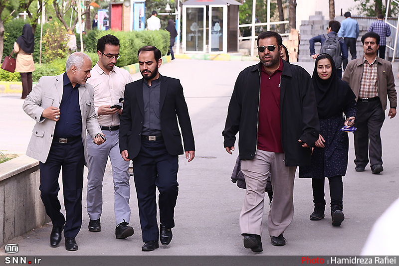 IMG23162391 به گفته عکسی؛ سخنرانی استاد حسن عباسی با موضوع سایه روشنهای دکترین ملی تکنولوژی جمهوری اسلامی ایران