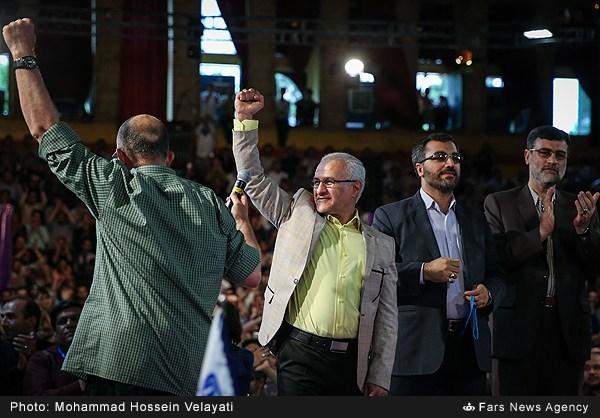 13950230210024776 حضور استاد حسن عباسی در جشن سهسالگی طنز سیاسی دکتر سلام
