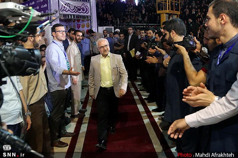 IMG22173153 حضور استاد حسن عباسی در جشن سهسالگی طنز سیاسی دکتر سلام