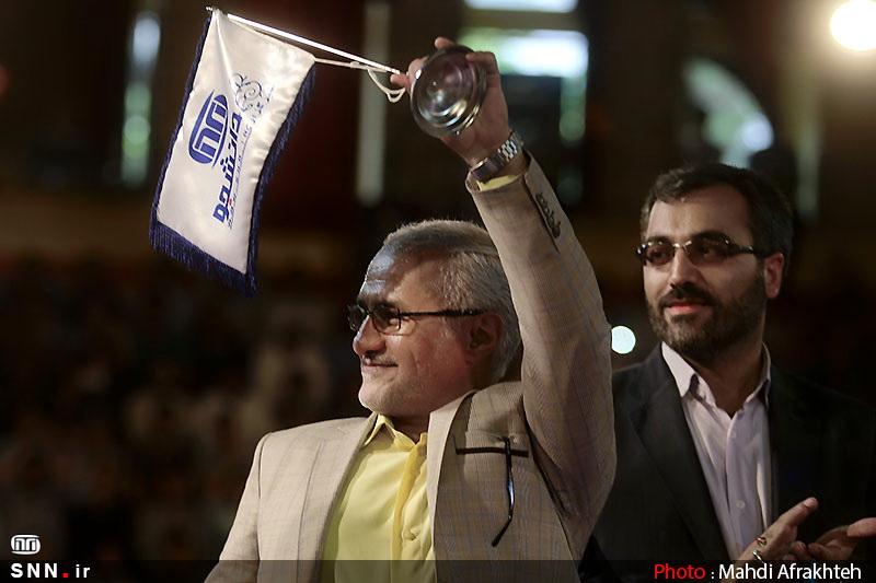 IMG22181031 حضور استاد حسن عباسی در جشن سهسالگی طنز سیاسی دکتر سلام