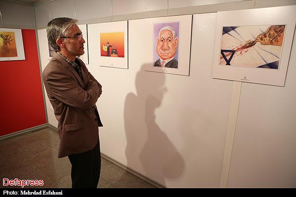 140064 نقل از عکسی؛ سخنرانی استاد حسن عباسی در اختتامیه دومین جشنواره بین المللی کاریکاتور «هولوکاست»
