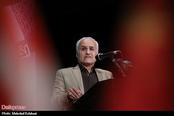 140069 نقل از عکسی؛ سخنرانی استاد حسن عباسی در اختتامیه دومین جشنواره بین المللی کاریکاتور «هولوکاست»