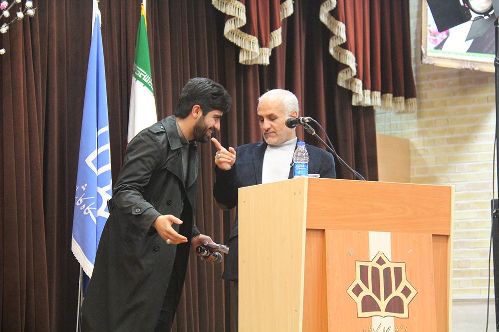سخنرانی استاد حسن عباسی در دانشگاه کاشان - شاخصهای انقلابیگری