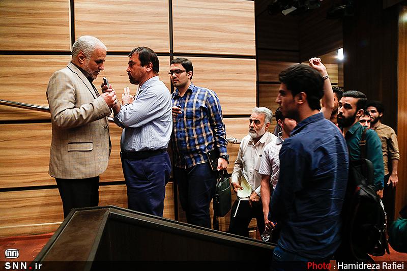 استاد حسن عباسی در آیین رونمایی از فیلم مستند پرونده ناتمام