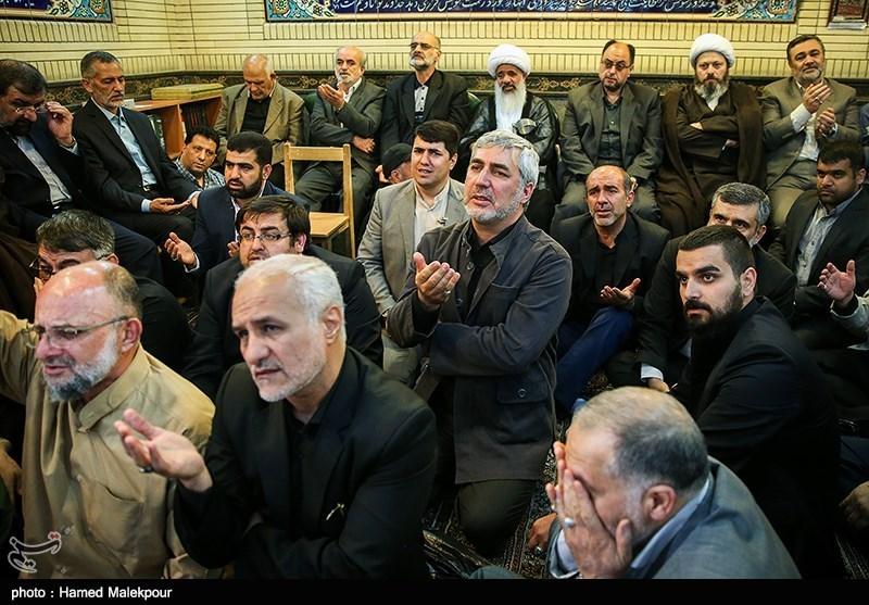 139502242227583397697734 حضور استاد حسن عباسی در مراسم ترحیم سردار شهید محمد ناظری