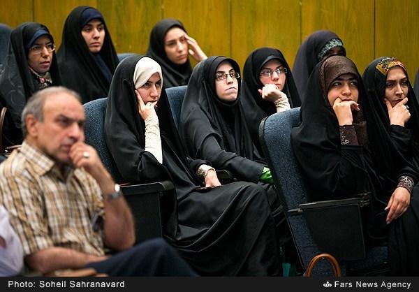 13950228163155493 نقل از عکسی؛ سخنرانی استاد حسن عباسی با موضوع من جوانی منتظرم، پس هستم!