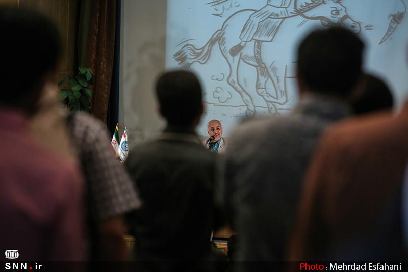 IMG21184851 نقل از عکسی؛ سخنرانی استاد حسن عباسی با موضوع من جوانی منتظرم، پس هستم!