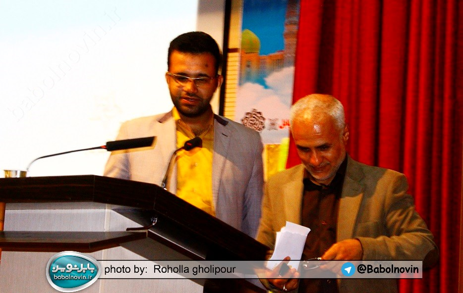 20 1 به گفته عکسی؛ سخنرانی استاد حسن عباسی با موضوع استراتژی کودک و همچنین تمدن نوین اسلامی