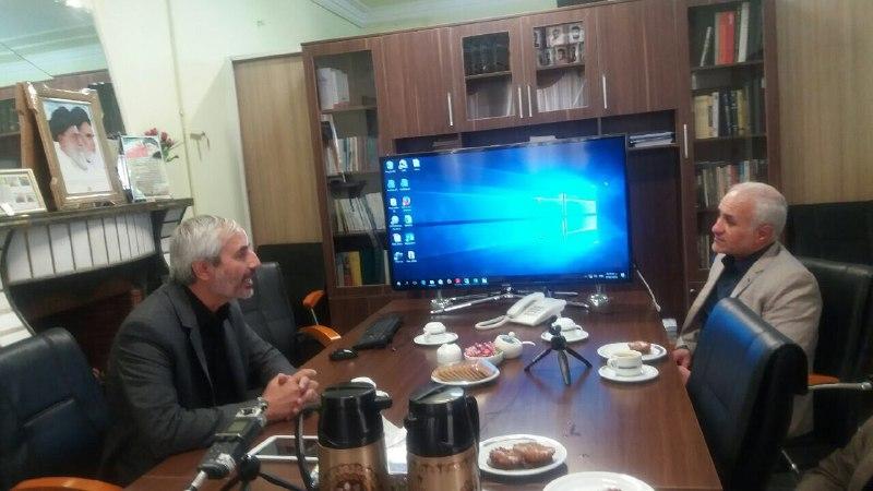 حضور استاد عباسی در موسسه حماسه ثارالله و بازدید از روند تجمیع خاطرات شفاهی جنگ
