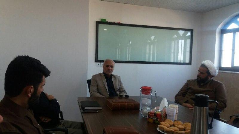 حضور استاد حسن عباسی در جمع اعضای جبهه مردمی فرهنگی انقلاب در کرمان