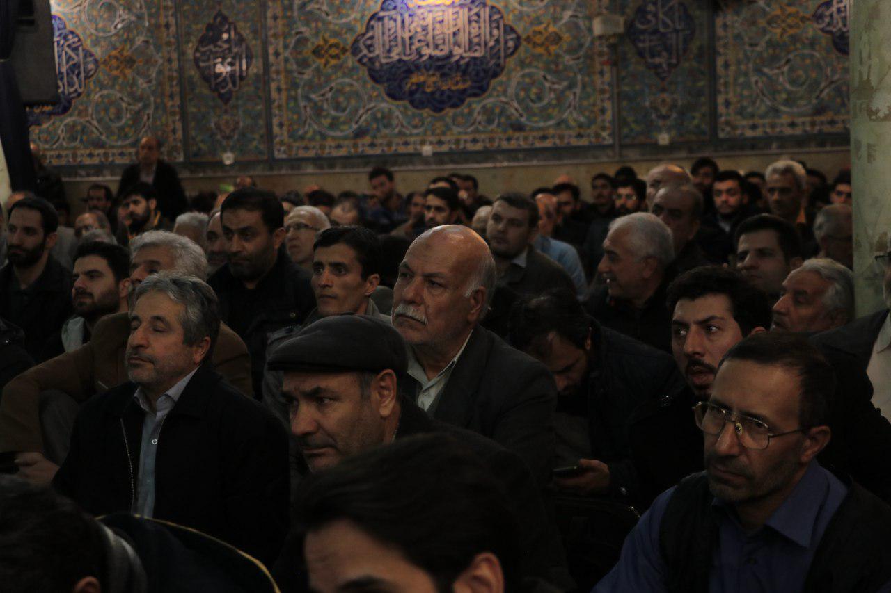 IMG 971116%20%288%29 نقل از تصویری؛ سخنرانی استاد حسن عباسی با موضوع چهل سالگی و همچنين افق های پیش رو