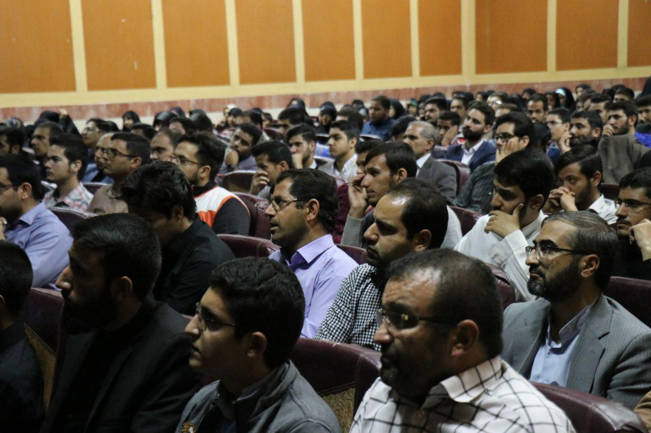 IMG 970724%20%282%29 نقل از تصویری؛ سخنرانی استاد حسن عباسی با موضوع زندگی دوم، جامعه دوم