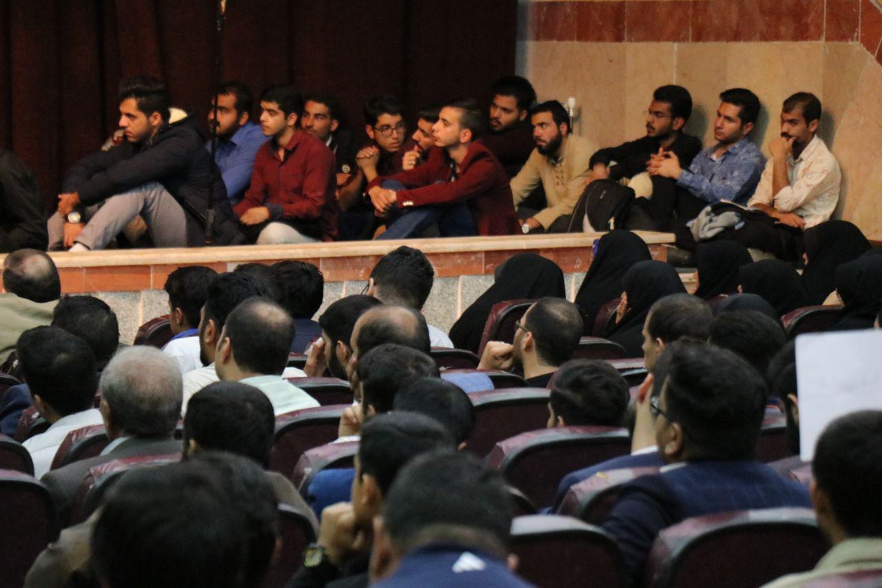 IMG 970724%20%288%29 نقل از تصویری؛ سخنرانی استاد حسن عباسی با موضوع زندگی دوم، جامعه دوم