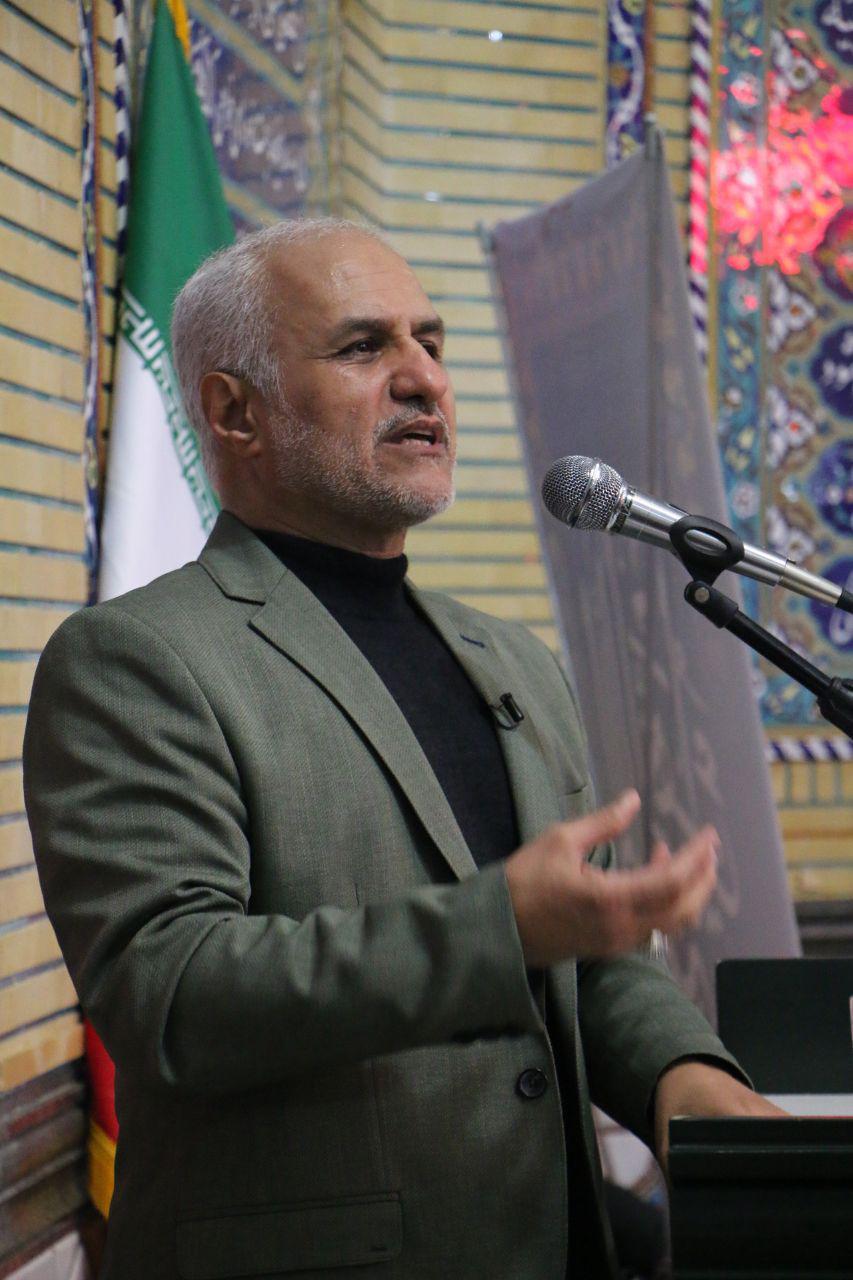 سخنرانی استاد حسن عباسی در قم - انقلابی که توانست به کمونیسم و لیبرالیسم بگوید نه!