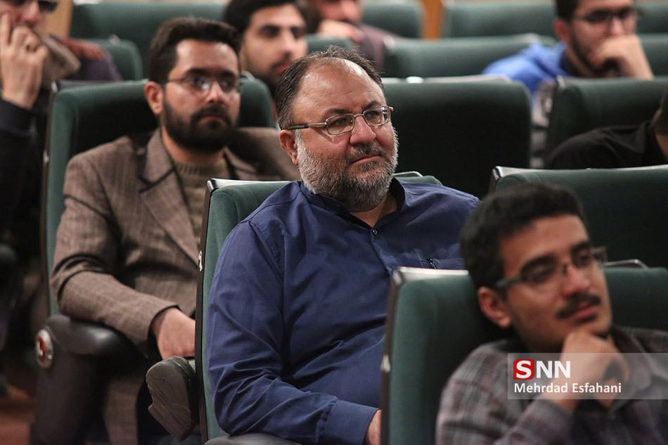IMG 970811%20%285%29 نقل از تصویری؛ سخنرانی استاد حسن عباسی در همایش پهناور و بزرگ سهم مستضعفین