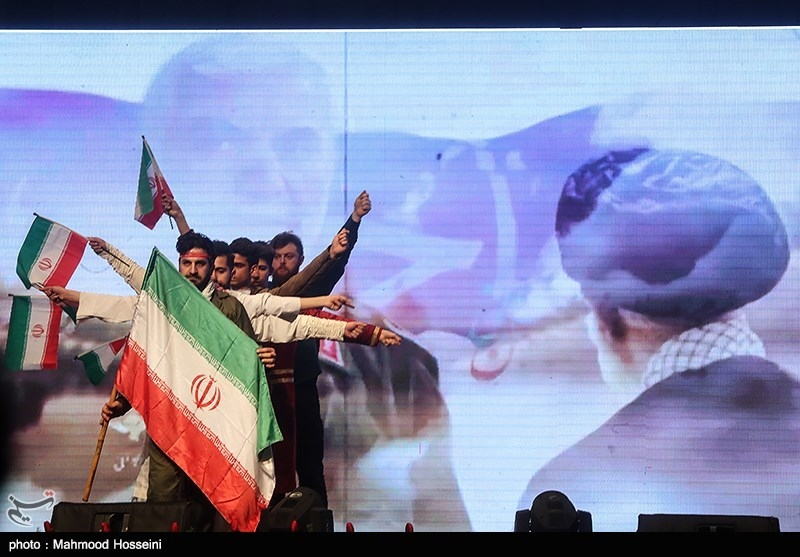IMG 971124%20%2813%29 نقل از تصویری؛ سخنرانی استاد حسن عباسی در اختتامیه پنجمین جشنواره هنر مقاومت