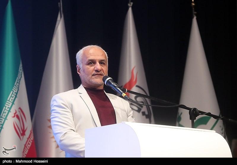 IMG 971124%20%288%29 نقل از تصویری؛ سخنرانی استاد حسن عباسی در اختتامیه پنجمین جشنواره هنر مقاومت