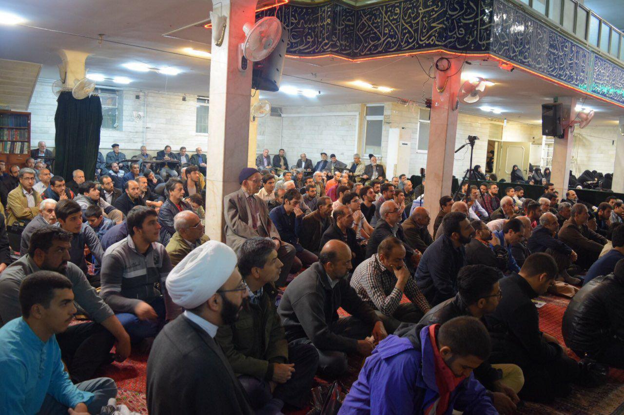 سخنرانی استاد حسن عباسی در شهرری - ویژه برنامه هفته وحدت و بسیج