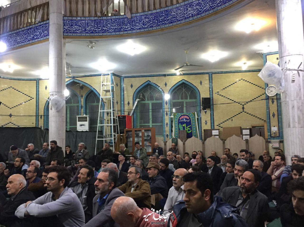 IMG 971123%20%287%29 نقل از تصویری؛ سخنرانی استاد حسن عباسی با موضوع چهل سالگی انقلاب اسلامی و همچنين افق های پیش رو