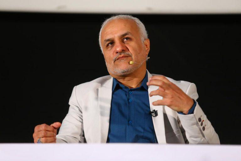 IMG 971011%20%283%29 سخنرانی استاد حسن عباسی با موضوع آینده شناسی در سینما