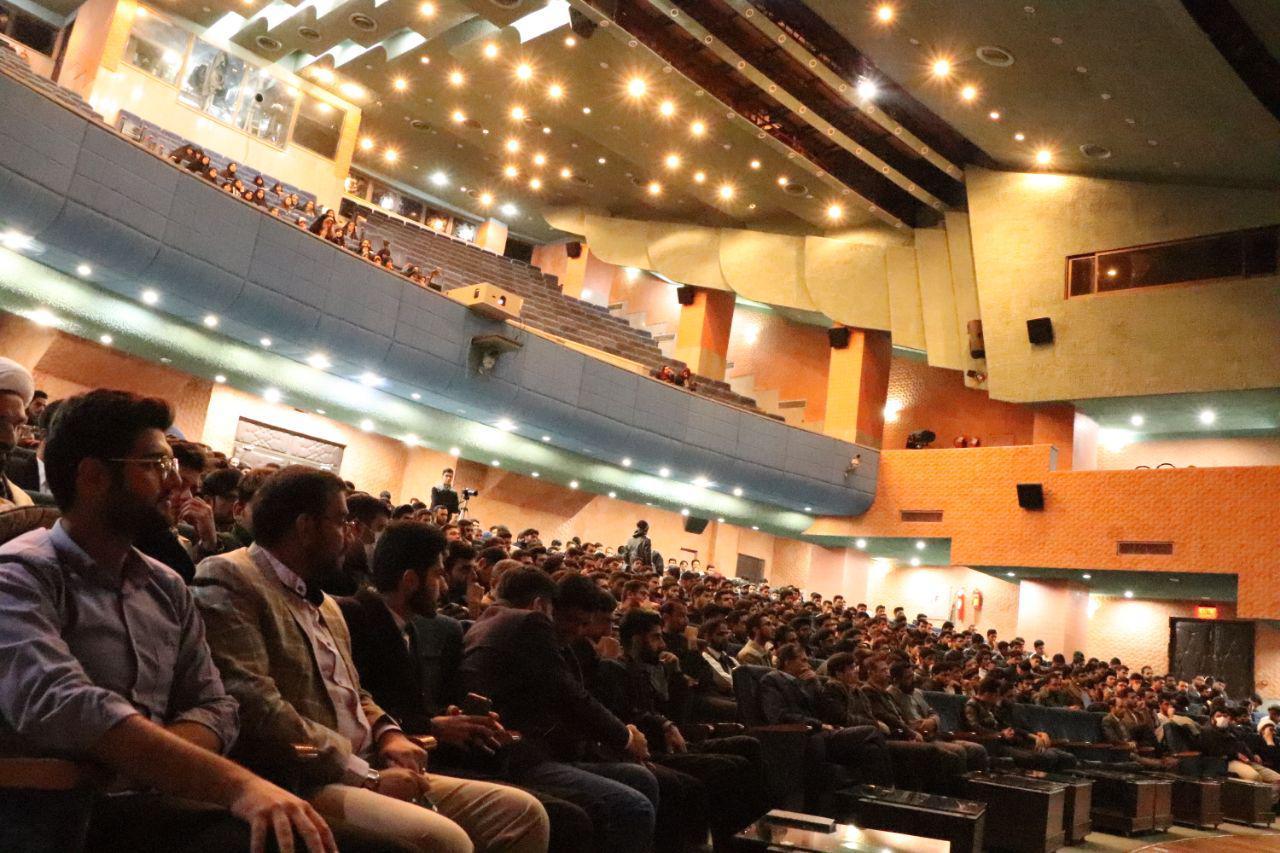 سخنرانی استاد حسن عباسی در دانشگاه سیستان و بلوچستان - نهم دی؛ انقلاب علیه فتنهها