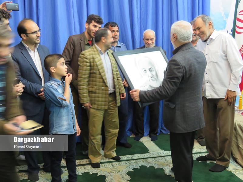 IMG 980124%20%2818%29 نقل از تصویری؛ سخنرانی استاد حسن عباسی با موضوع تنها سپهبد