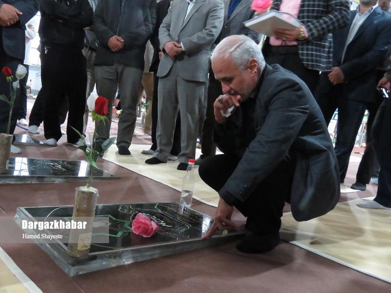 IMG 980124%20%287%29 نقل از تصویری؛ سخنرانی استاد حسن عباسی با موضوع تنها سپهبد