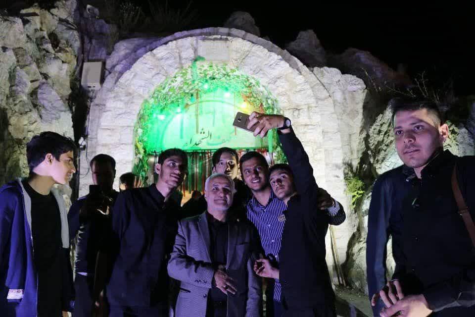 IMG 980306%20%282%29 نقل از تصویری؛ سخنرانی استاد حسن عباسی با موضوع از هبوط تا . . .