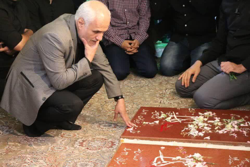 IMG 980306%20%286%29 نقل از تصویری؛ سخنرانی استاد حسن عباسی با موضوع از هبوط تا . . .