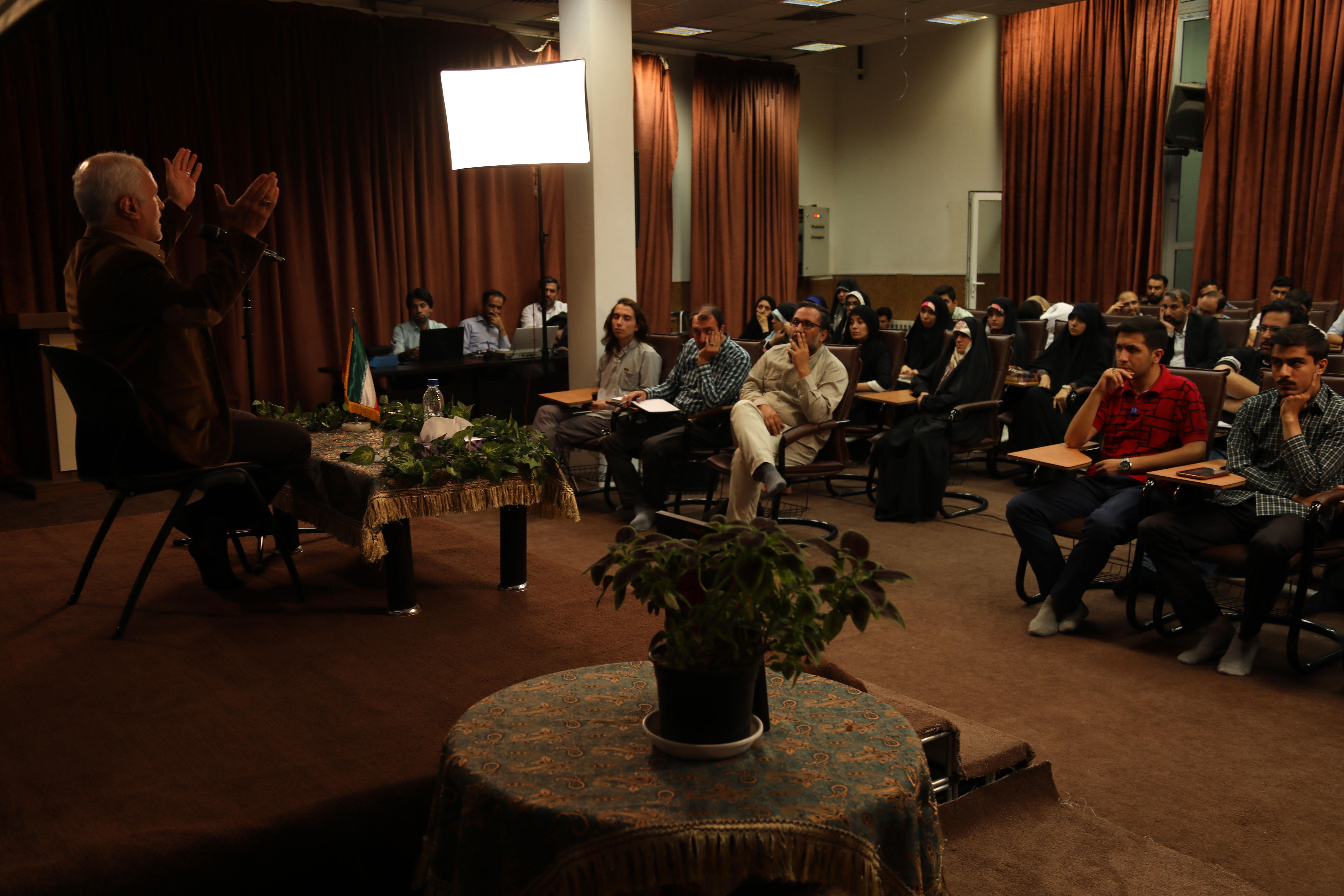 سخنرانی استاد حسن عباسی در حسینیه هنر - دومین نشست مدافعان فرهنگی حرم
